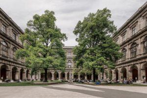 Arkadenhof der Universität Wien