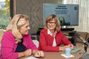 ÖHV-Präsidentin Claudia Reitterer und Bundesministerin Maria Patek präsentieren die Initiative im Boutiquehotel Stadthalle